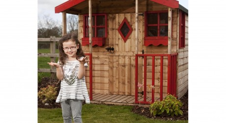 Toddler fights for her wendy house
