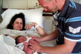 Mum finally gives birth after six mischarriages