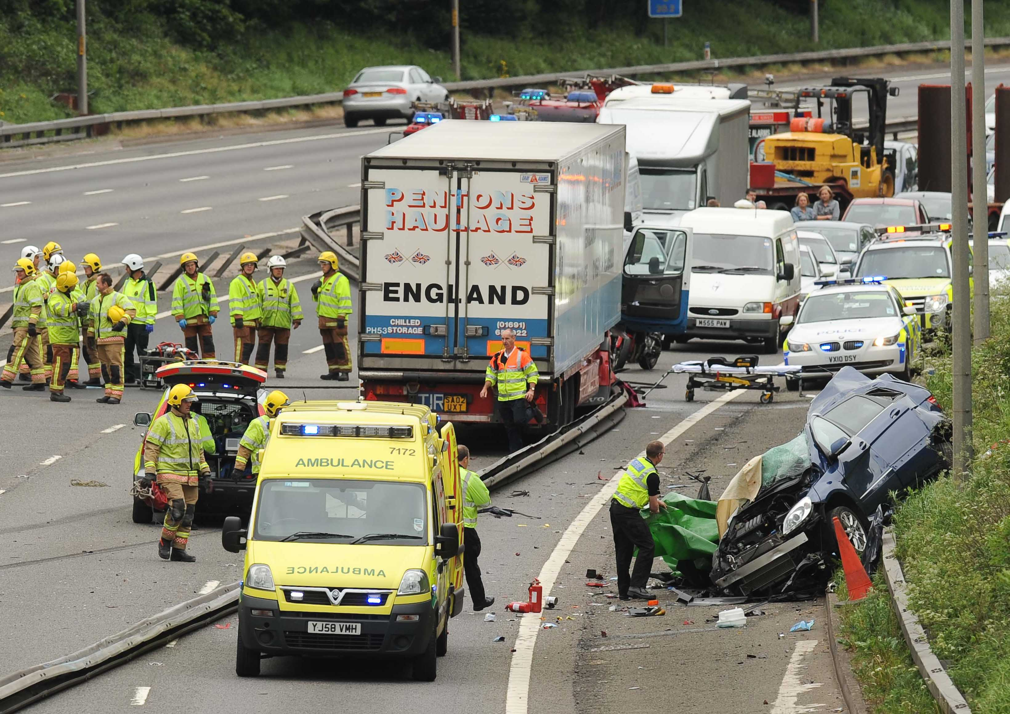 Fatal car crash on M5 kills two women
