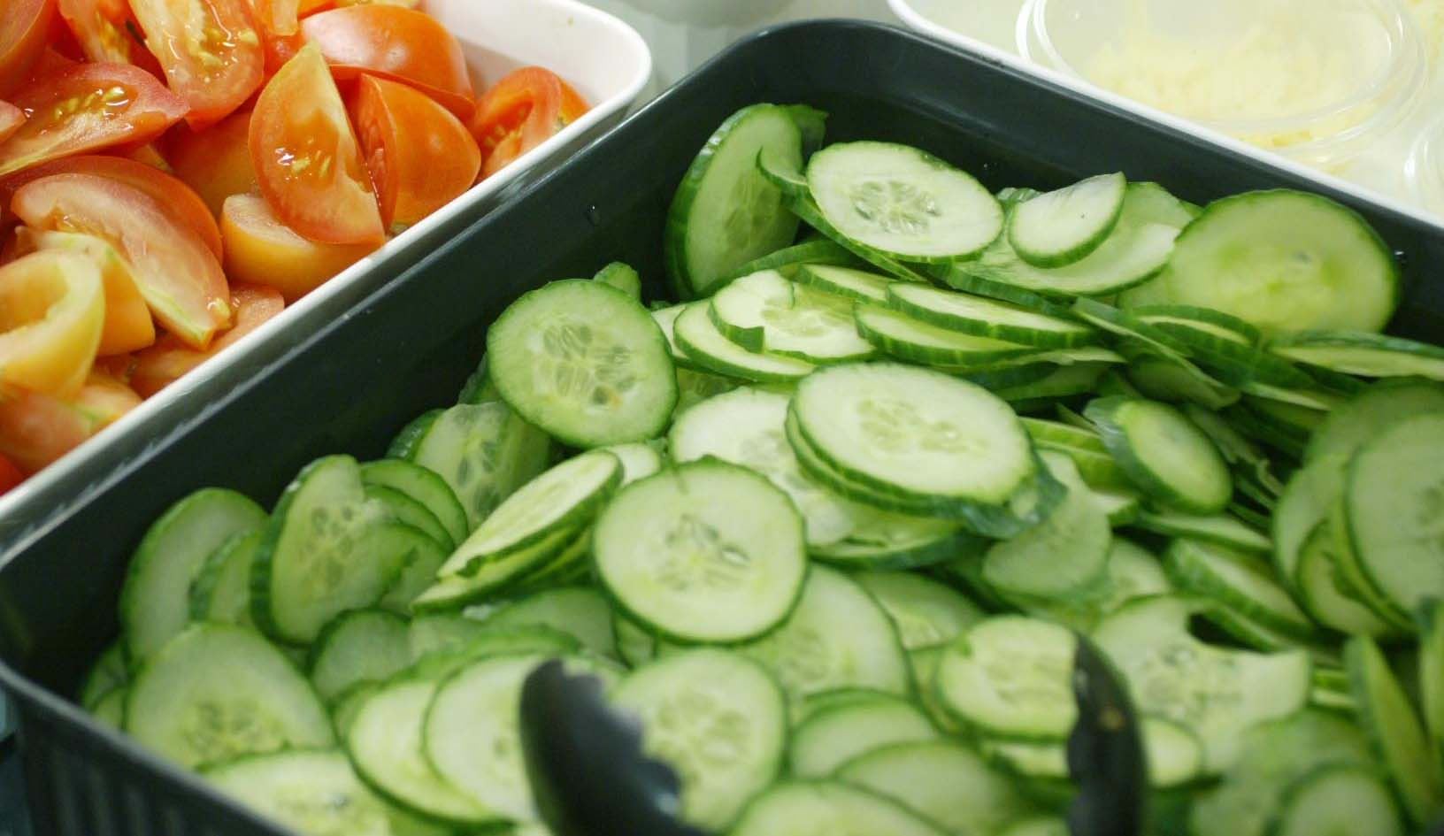 E. coli: Cucumber crisis continues
