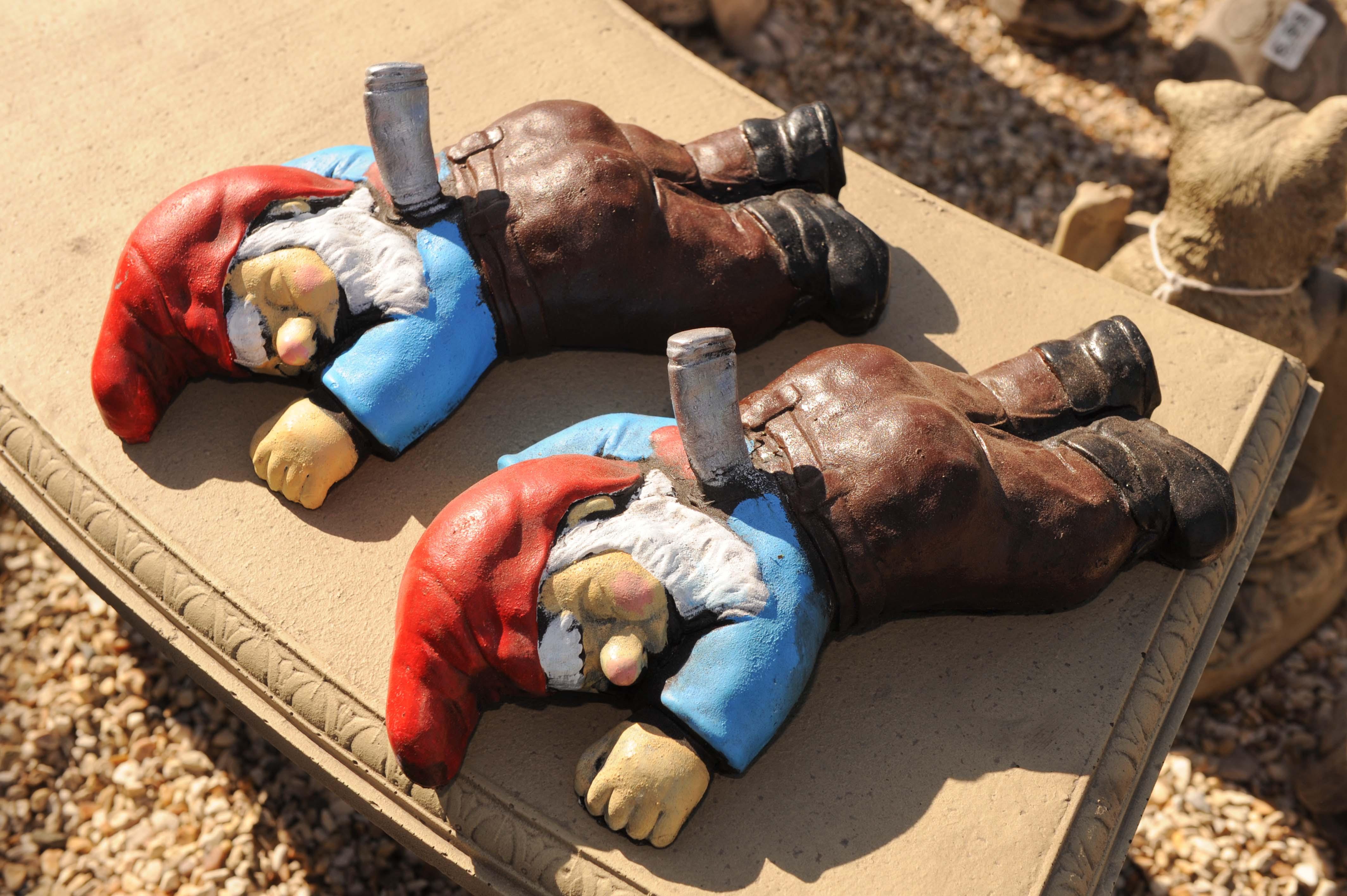 Garden Centre sells controversial stabbed gnome