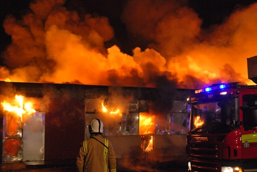 Glasgow school blaze tackled by Strathclyde firefighters
