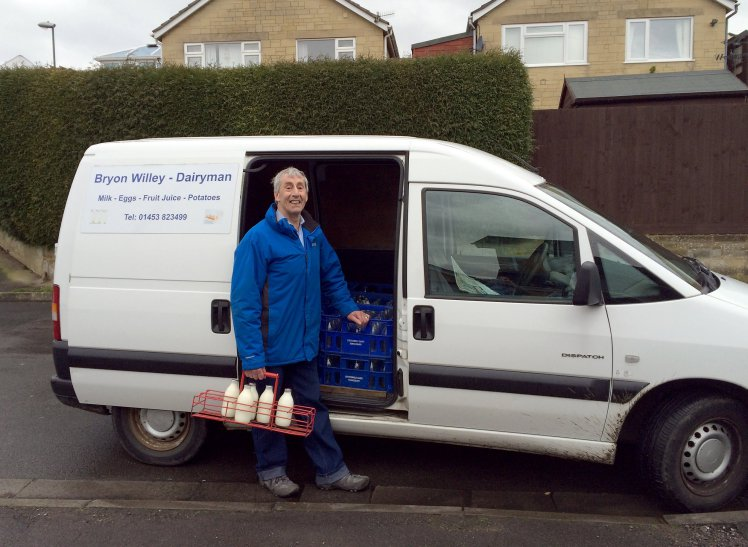 MILKMAN RETIRES AFTER 57 YRS IN JOB - AFTER NEVER MISSING A DELIVERY