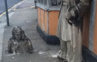 """CCTV RELEASED OF THUGS """"BEHEADING"""" 150-YEAR-OLD HISTORICAL STATUE"""