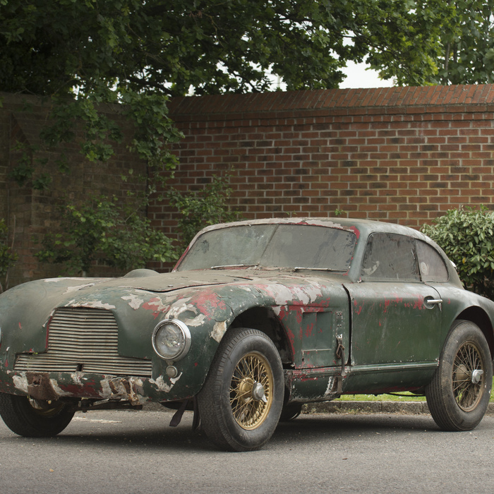 HISTORIC ASTON MARTIN TO FETCH ALMOST £1 MILLION DESPITE BEING A COMPLETE WRECK
