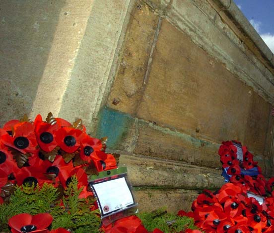 Plates stolen from Wolverhampton war memorial