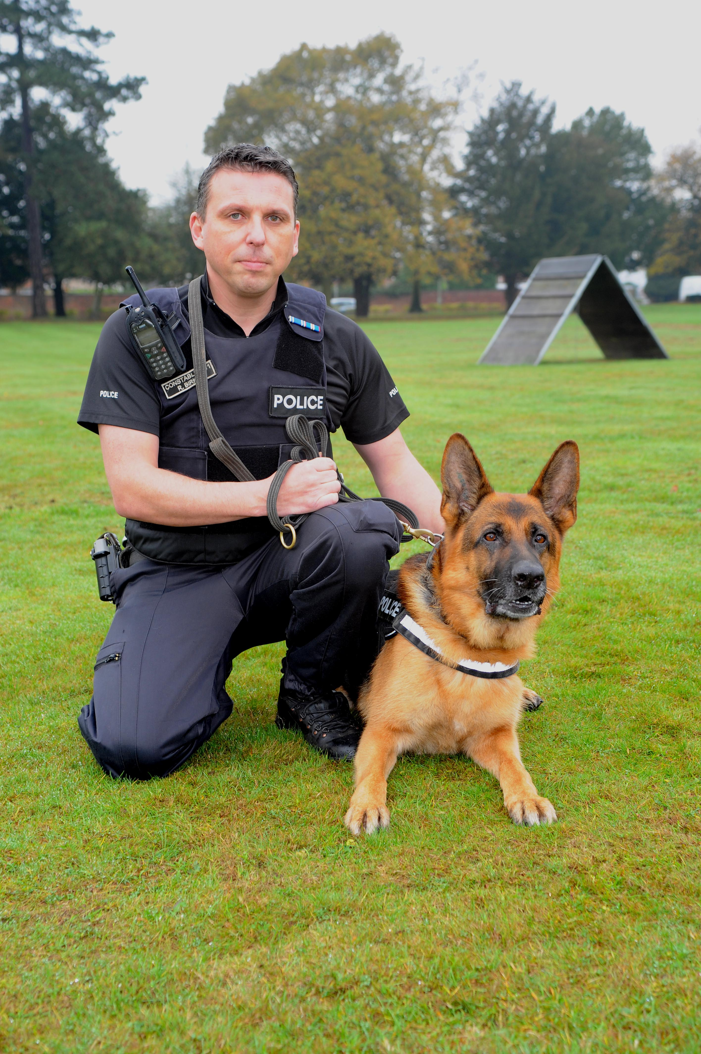 Longest serving police dog to retire