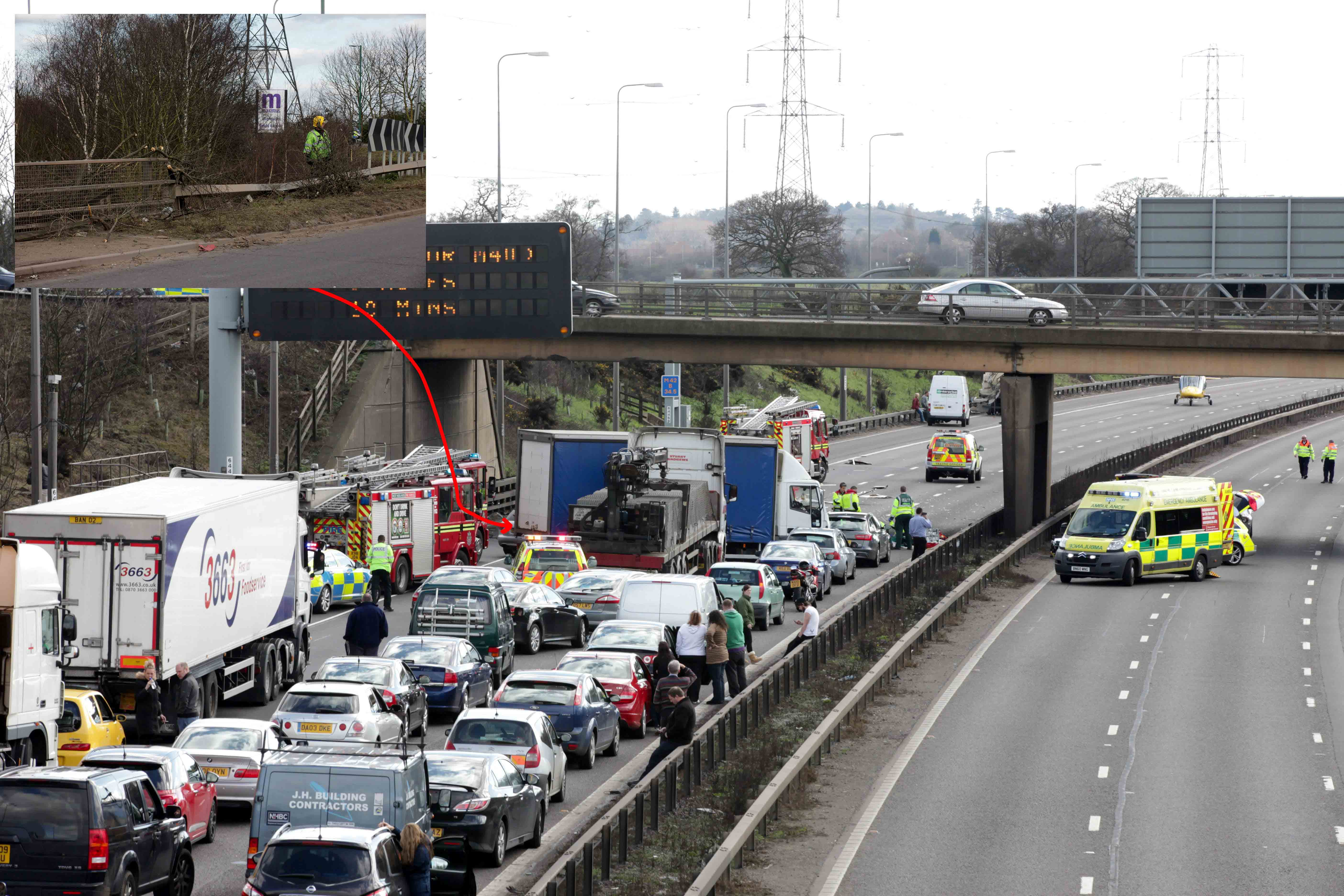 POLICE CAR ON EMERGENCY CALL CAUSED TRAFFIC CHAOS