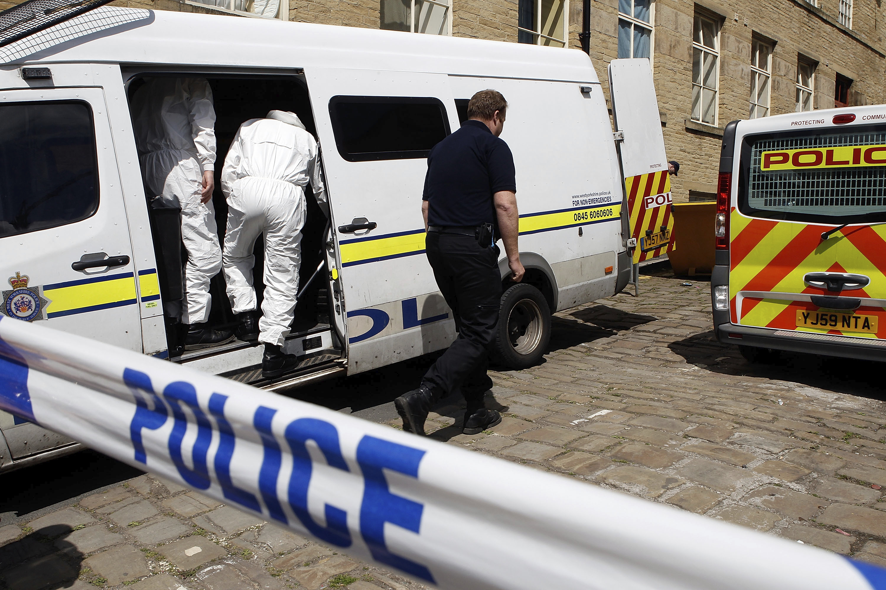 PC HUNT FINDS HUMAN REMAINS