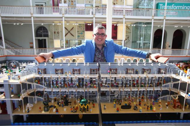 LEGO NUT CREATES INCREDIBLE MODEL OF THE NATIONAL MUSEUM OF SCOTLAND