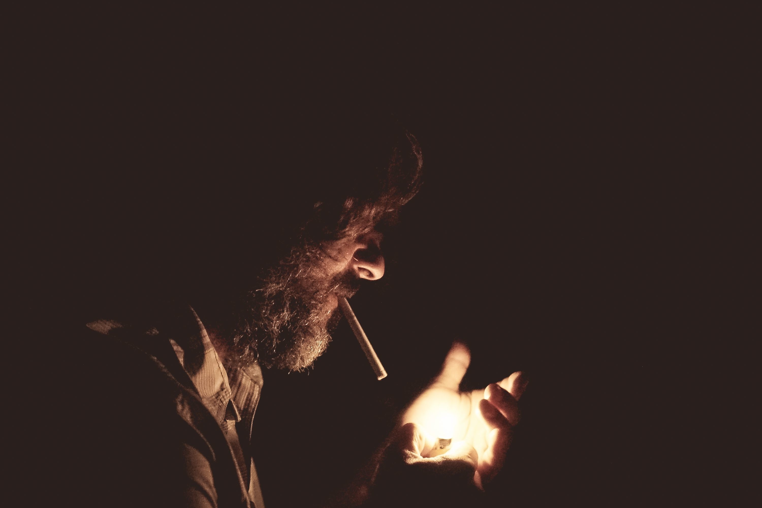 SMOKING 'MAKES GERMS MORE RESILIENT'