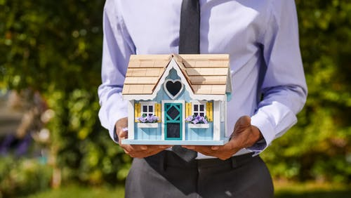 Do You Need a Mortgage Broker to Buy a House in 2021?