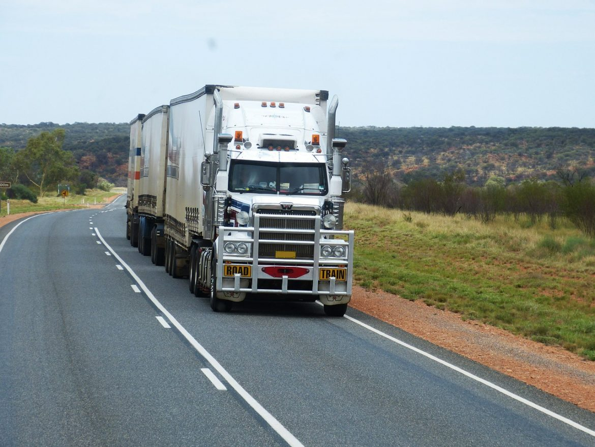 Top 7 Safety Tips For Driving Around Trucks On Highways