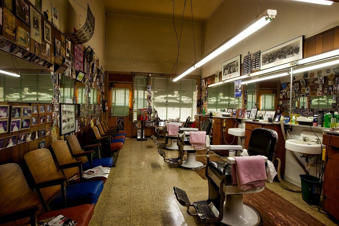 4 Reasons More Young People Are Becoming Barbers in 2021